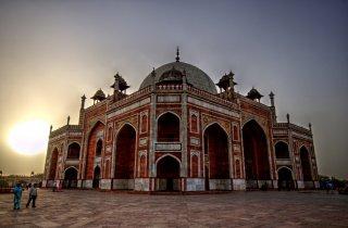 Humayun's Tomb at dusk